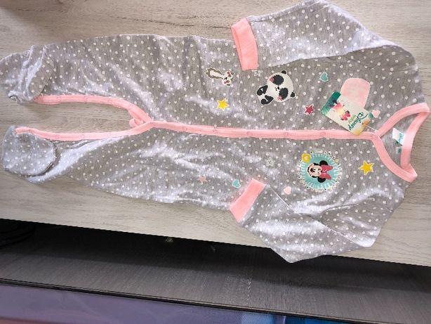 vand salopeta marimea 86noua cu eticheta Disney si pijama Carters