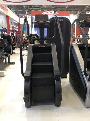 Depozit aparate fitness scări fitness