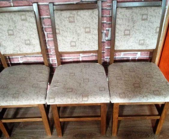 Scaune din lemn de stejar, cu tapițerie