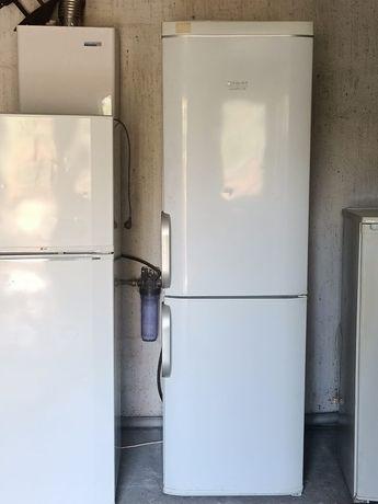 Холодильник  Аристон отлично рабочий