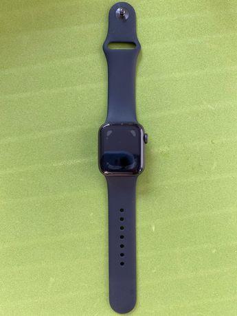 Часы Apple watch SE 40 мм - серый космос / с гарантией