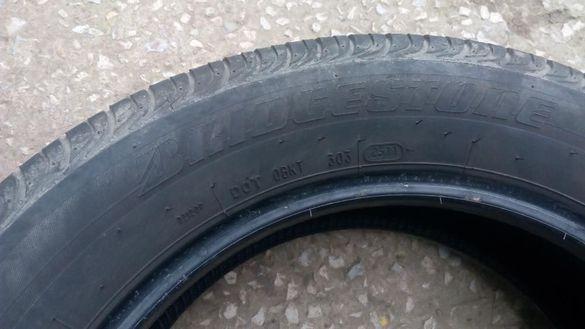продавам летни гуми за Нисан Х-трейл Bridgestone 215/60/17