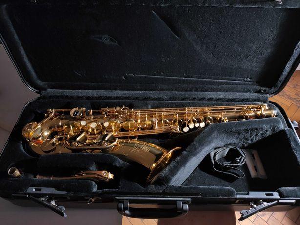"Саксофон ""Yamaha""  YTS - 475"