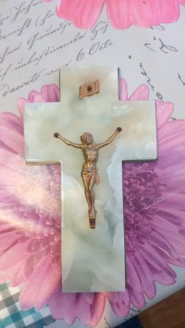 Католически кръст