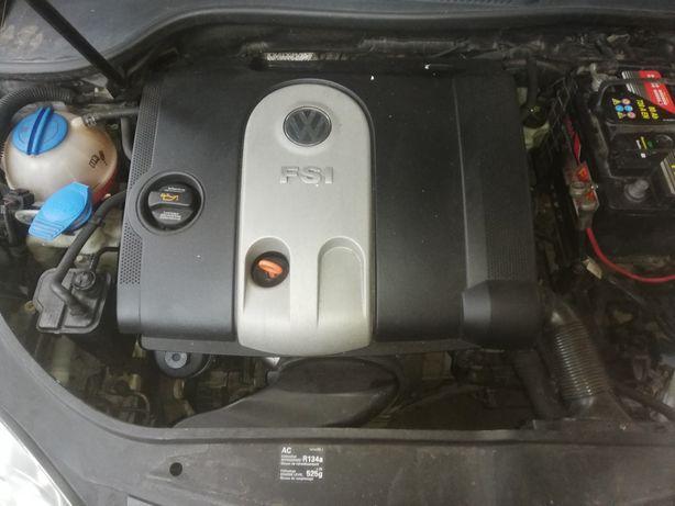 Vând motor 1,6 FSI