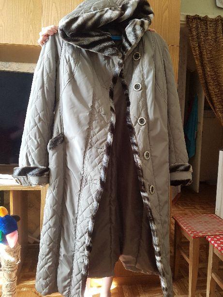 продам 2 женских плащ пальто новые ненадеваные по 15000т