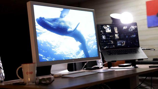 Продам профессиональный монитор Apple 30 дюймов. Разрешение 2k.