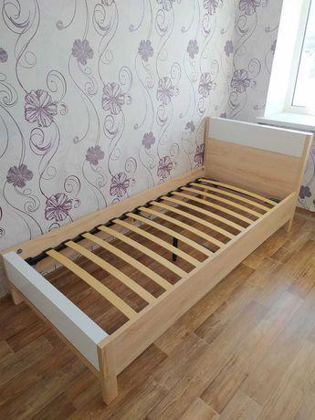 Продам кровать односпальная.