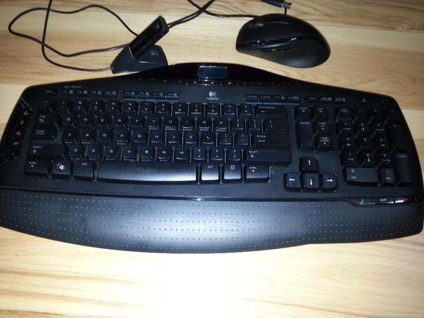 mouse Logitech Desktop MX 3200 Laser kit:mouse+tastatura