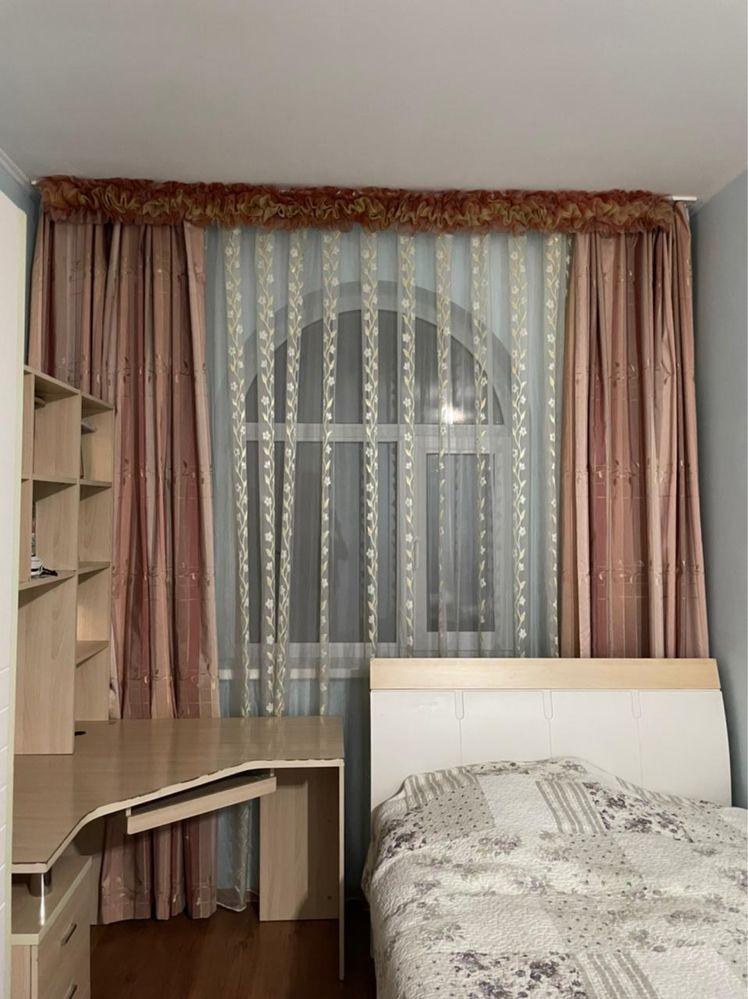 Продам шторы вместе с тюлью, гардинами! Все в прекрасном состоянии.