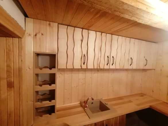Мебели, Обзавеждане от дърво и плоскости