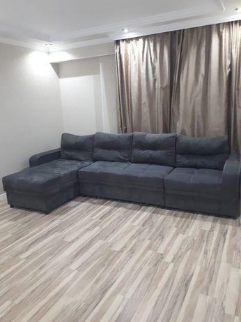 Продам диван в зал