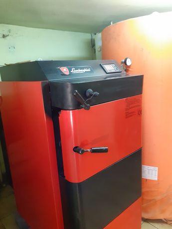 Vînd instalație completă pt.încălzire cu lemn, brichete, cărbune.
