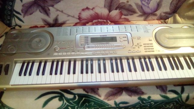 vand orga Casio WK3800