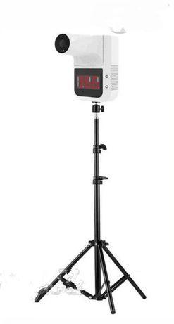 Бесконтактный инфракрасный стационарный термо_метр на штативе