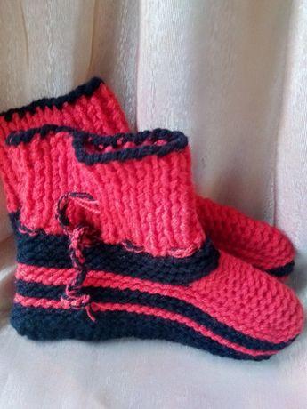 Botoșei tricotați sau croșetați