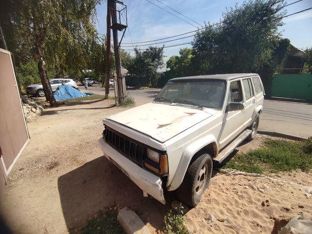Продам Jeep Cherokee 1991 года(внедорожник)