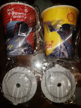 Пластмасови чаши с капак Shell V-Power