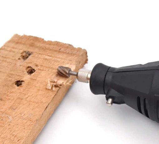 электо-мультитул Goxawee Electric Mini Drill Комплект и 140 насадок