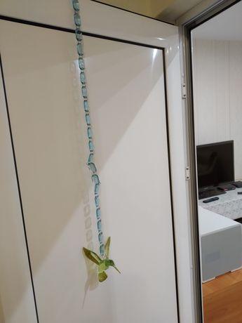 Продавам 2бр. нови декорации за корниз или абажур 1,30м. и 2,10м.