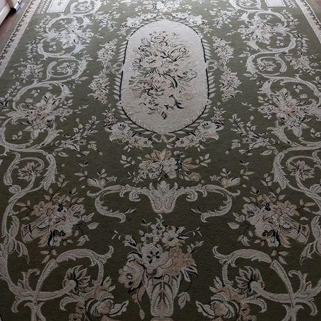 Продам ковёр б.у