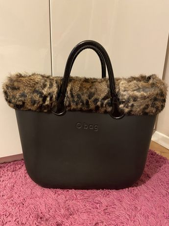 Obag дамска чанта с пух