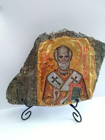 Ръчно изработени икони на камък