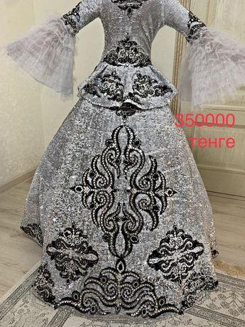 Платья от дизайнера Naiyl Baikuchukova