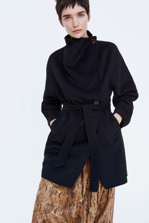 Palton cu guler ZARA pt dama. Masura M