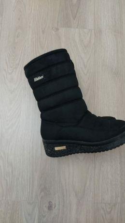 Зимнии женские сапоги обувь кроссы  туфли