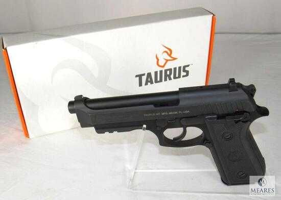 Pistol Airsoft #4,4 jouli# Co2 # 6.08mm #Taurus PT92