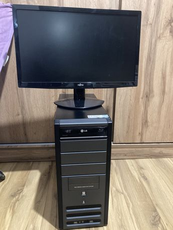 Настолен компютър LG