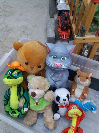 Срочно продам хороший игрушки чистый разная