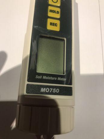 Професионален дигитален влагомер Extech MO 750