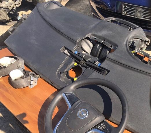 Plansa Bord Opel Meriva 2015