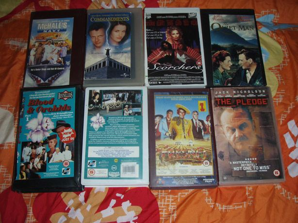 Casete video VHS originale cu film, majoritatea in engleza