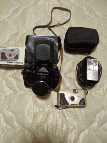 Лентов апарат 2 бр.като нови,светкавица-нова,мини камера