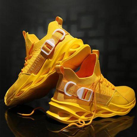 Adidasi noi de culoare galbena, neutilizati. Marimea EU 45/UK10/US11