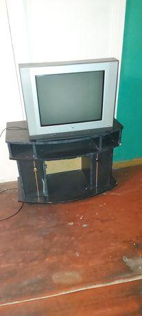 Телевизор б/у срочно пульт отсутсвует, сами заберите