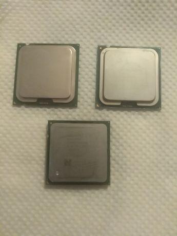 Vand/schimb 3 procesoare de pc
