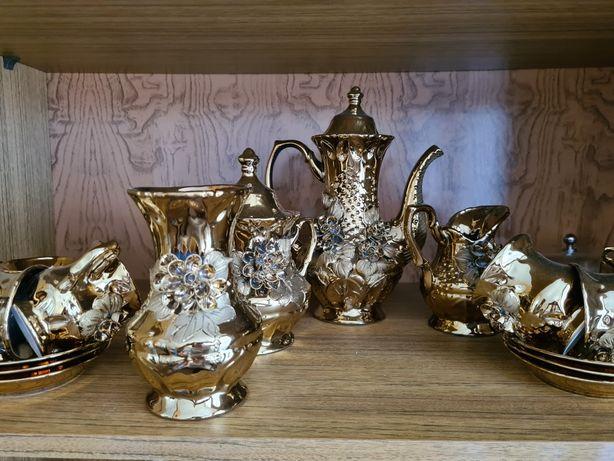 Сервиз чайный золотистый