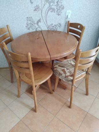 Стол +4 стула,б/у