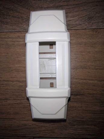Коробка для автомата BA47-29, пр. Абая 220, станция метро Москва