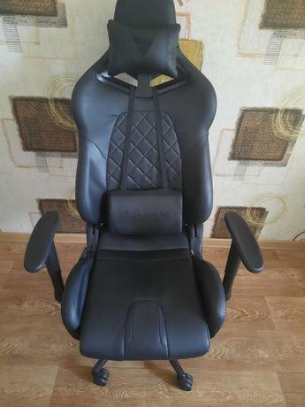 Игровое кресло с подсветкой gamdias