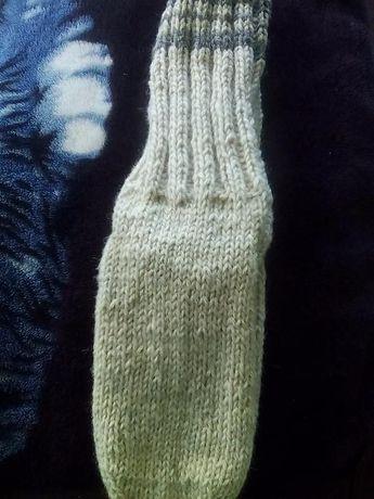 Продавам вълнени мъжки чорапи и терлици