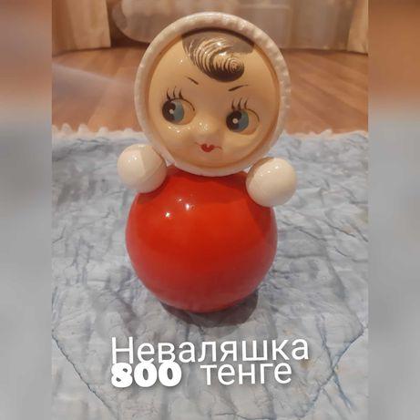 Игрушка детская неваляшка