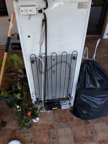 Reparatii frigidere Sinaia-Busteni