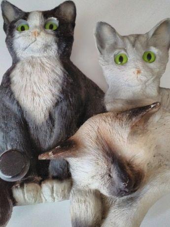 Cuier cu pisici din ceramica , ptr copii