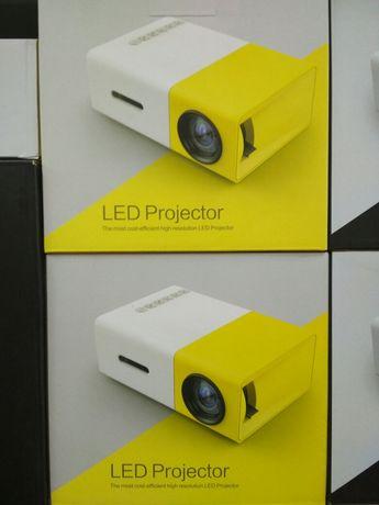 Продам проектор LED