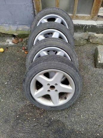 Продавам летни гуми с алуминиеви джанти